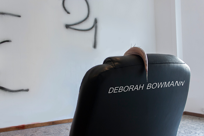 deborah bowmann poisson chaise